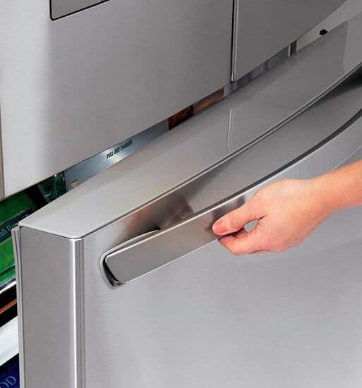 Зачем размораживать холодильник
