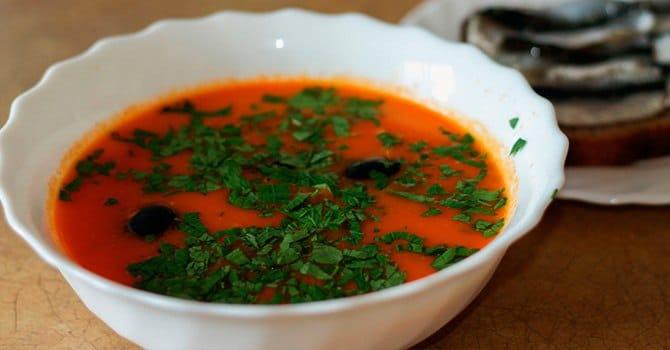 Щавелевый суп с томатами