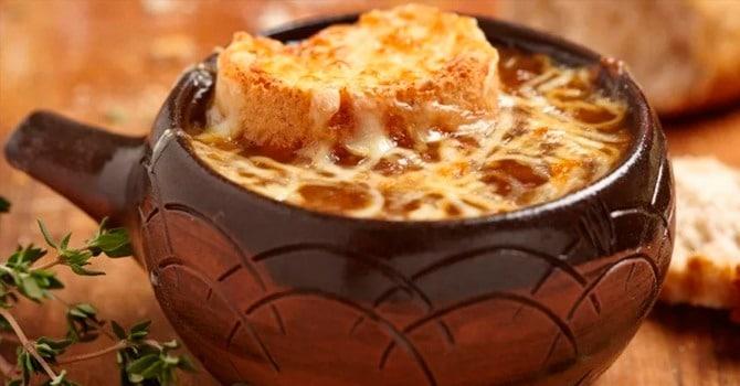 Луковый суп - французский классический рецепт