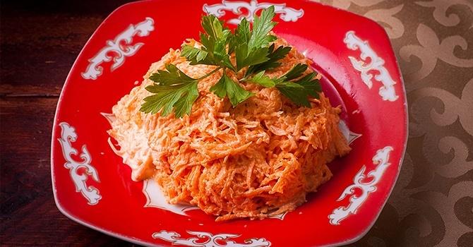 Рецепт морковного салата с сыром