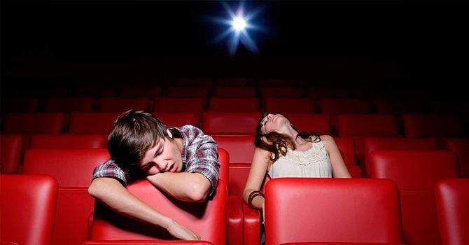 Поход в кинотеатр – не лучшая идея для первого свидания