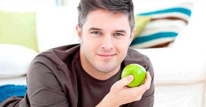 Польза яблок для мужчин