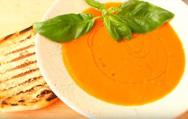 sup-pyure-tomatnyj-gotov.jpg