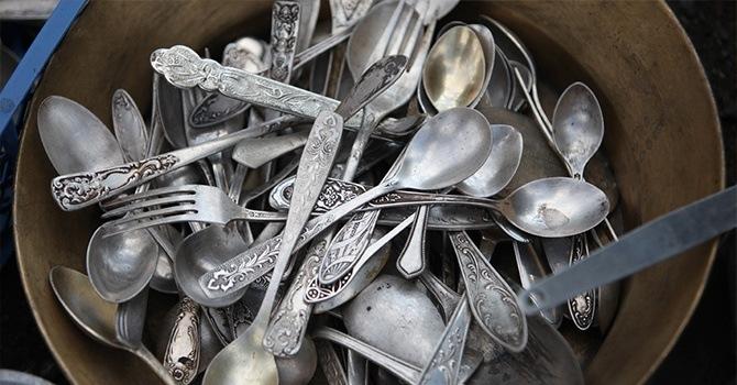Серебряные ложки и вилки нуждаются в чистке