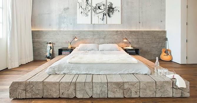 Величественная кровать на подиуме
