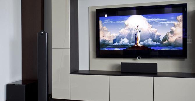 Какой телевизор купить для дома