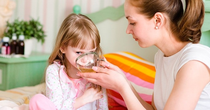 Применение травяного отвара для детей из мать-и-мачехи