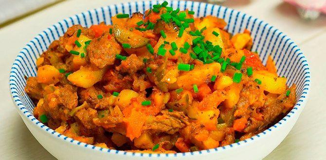 Азу по-татарски с солеными огурцами, традиционное татарское блюдо