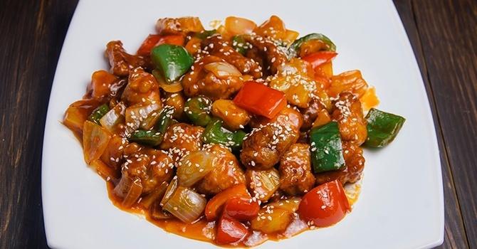 Мясо с баклажанами и овощами