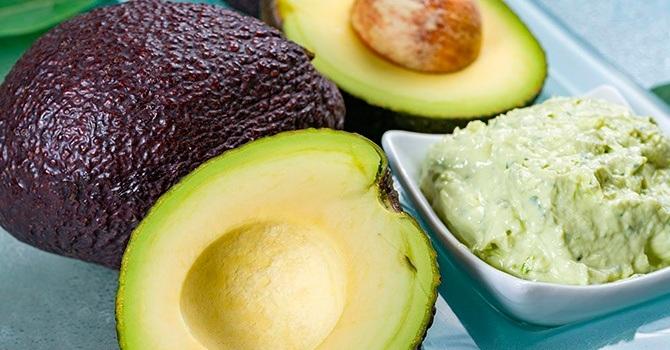Авокадо широко используют в кулинарии