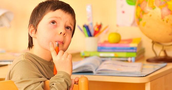 Ребенок-флегматик задумчивый и спокойный