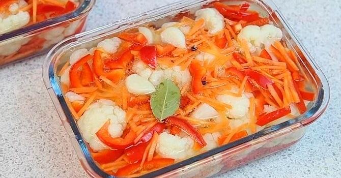 С морковью и болгарским перцем