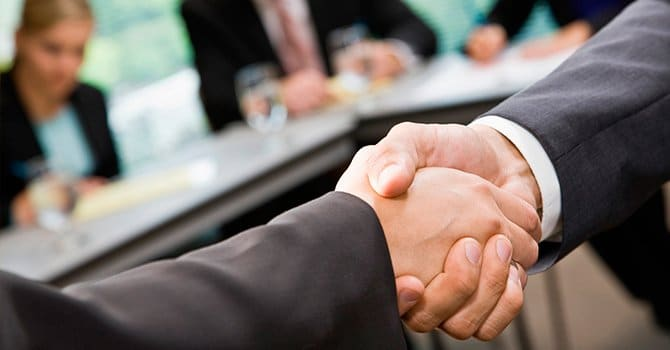 Согласие с оппонентом, как достойное завершение спора