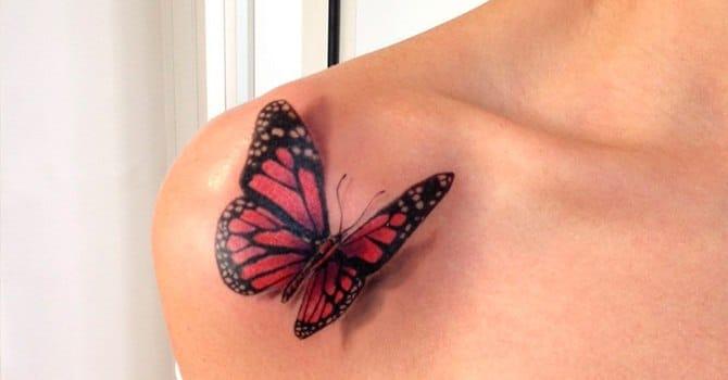 Татуировка красивой бабочки