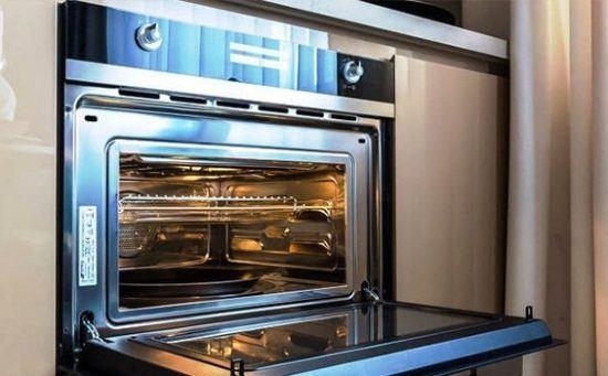 Духовой шкаф с функцией микроволновки, особенности и параметры