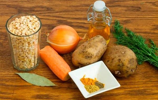 Гороховый суп-пюре: рецепты приготовления простого классического блюда с различными добавками (сливками, карри), как варить суп из зеленого гороха с курицей, с мясом или без, с ребрышками, а также как приготовить вегетарианский или диетический, можно ли готовить в мультиварке данное блюдо и какова его калорийность?