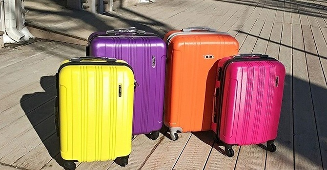 Как выбрать чемодан на колесах правильно