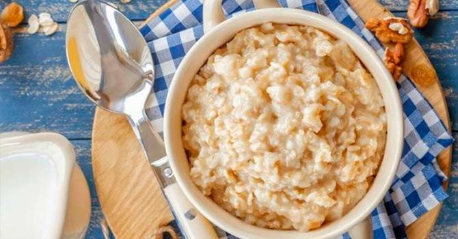 Польза ежедневной овсяной каши на воде и на молоке