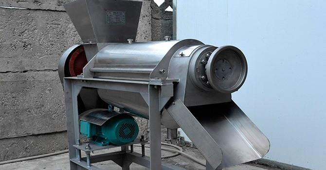 Промышленная соковыжималка