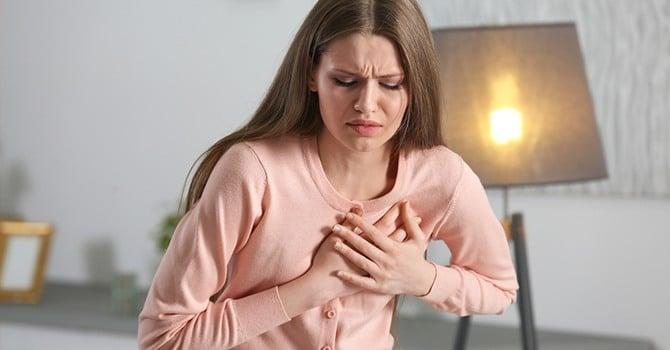 Сердечно-сосудистые заболевания лечатся ягодами кизила