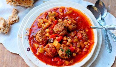 Томатный суп с фрикадельками по простому рецепту