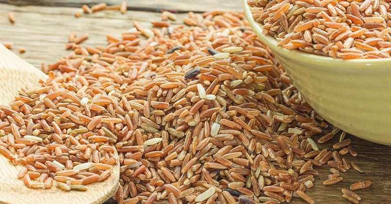 Коричневый или бурый рис