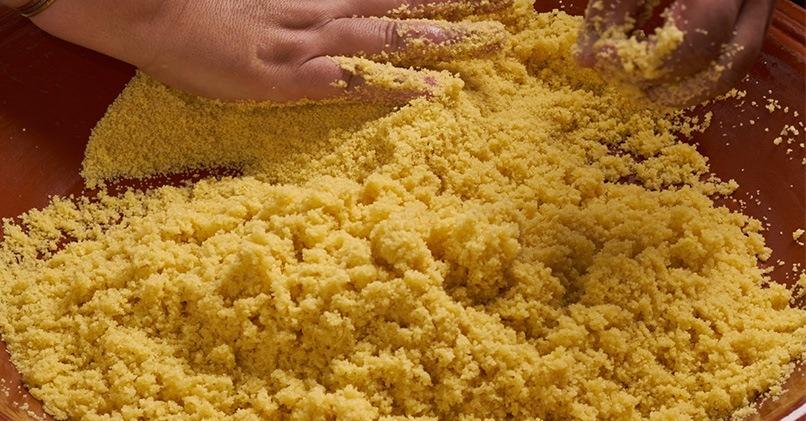 Приготовление желтой крупы на Востоке