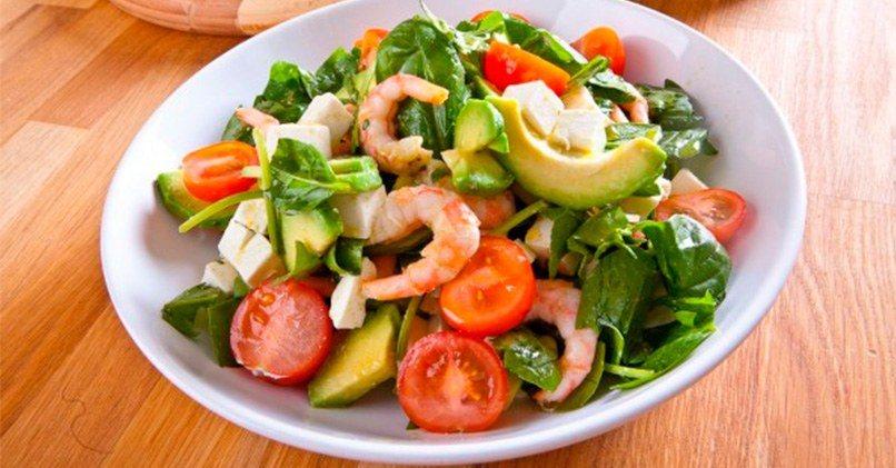 С авокадо и морепродуктами