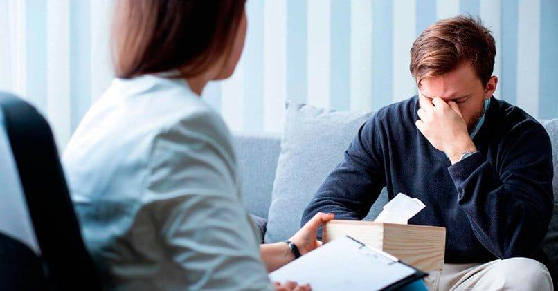 Сеанс психотерапии поможет избавится от обсессий