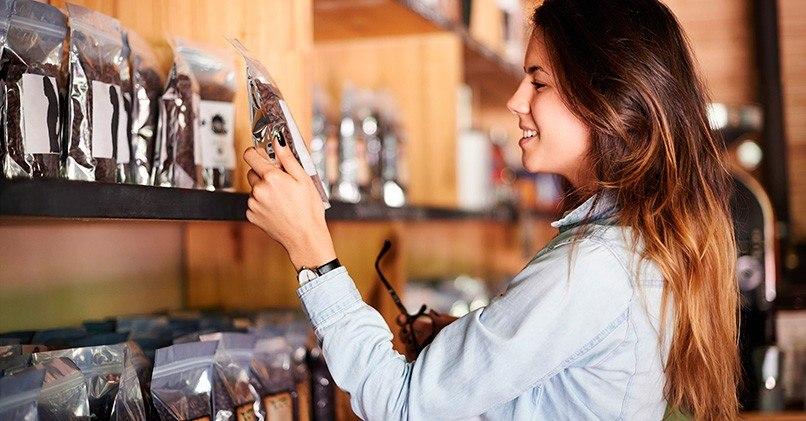 Выбор кофейных зерен в магазине очень важен