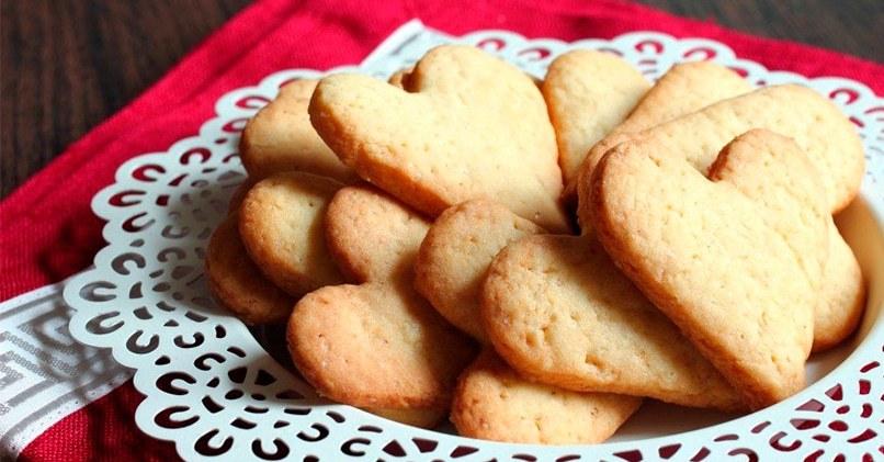 Домашнее печенье сердечками