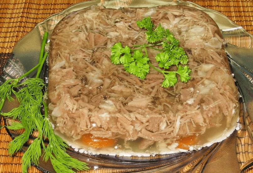 Холодец из разных видов мяса