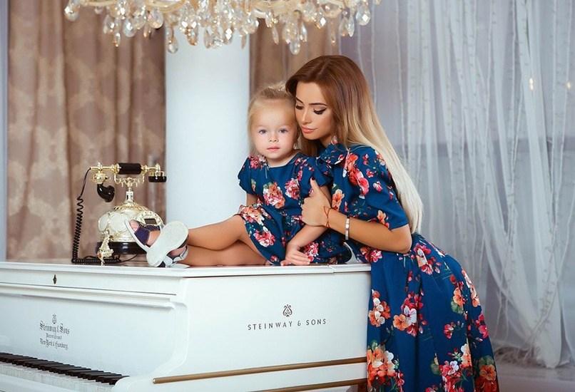 Комплект одежды для мамы с дочкой