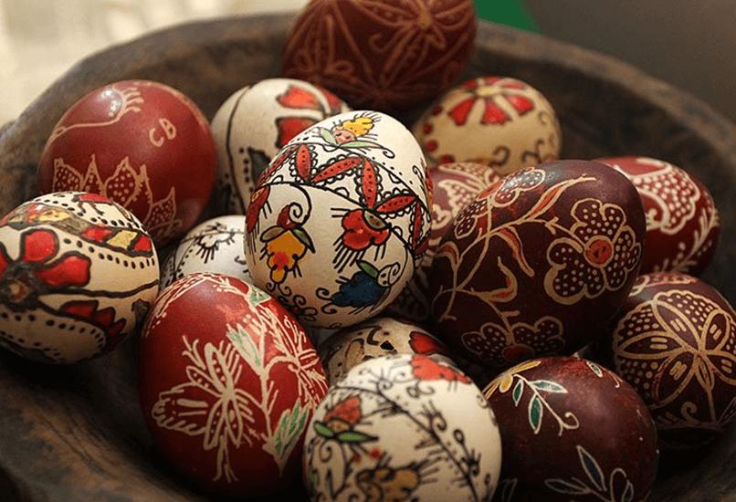 Яйцо с орнаментом