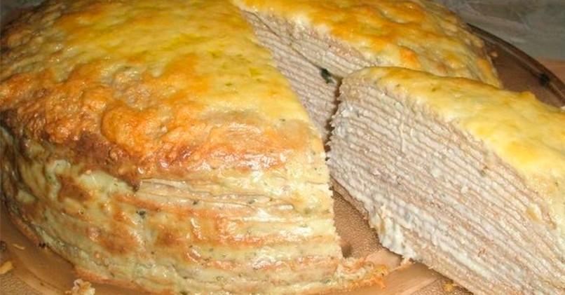 Закусочный блинный торт с селедочным паштетом