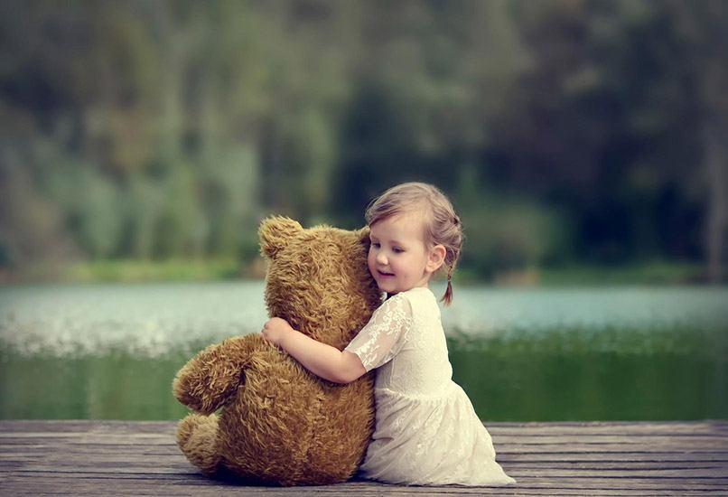 Мягкая игрушка может стать для девочки лучшим другом