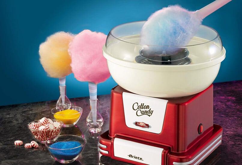 Аппарат для приготовления сладкой ваты – отличный подарок для сладкоежек