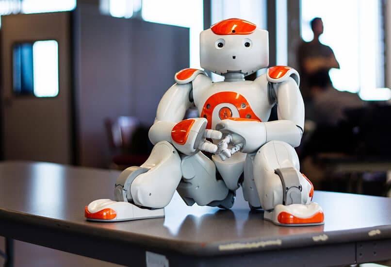 Робот станет лучшим другом для мальчика