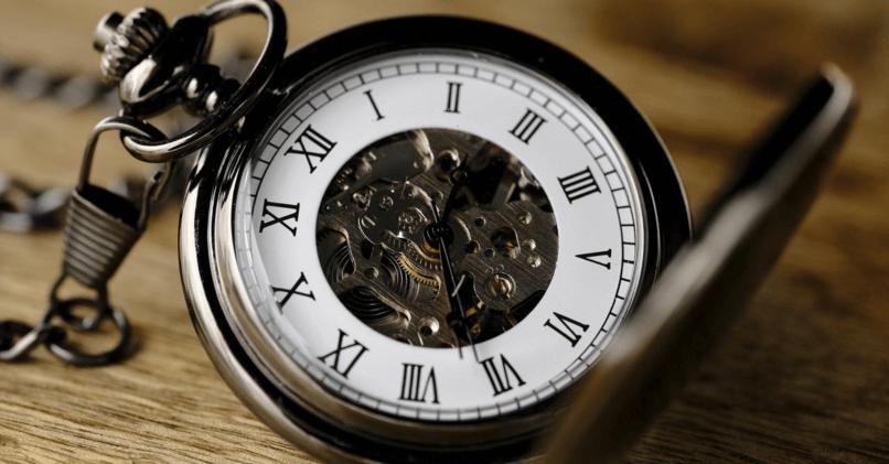 Как пишется слово Вовремя